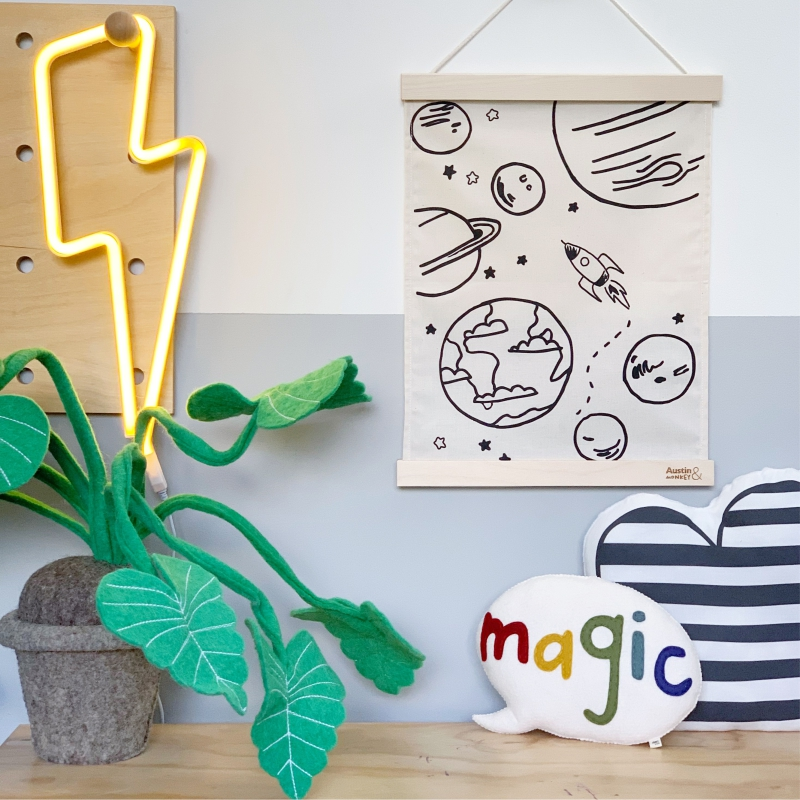 space-wall-hanging-portait-LIFESTYLE-2